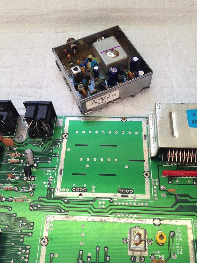 Commodore 64 breadbox repaired