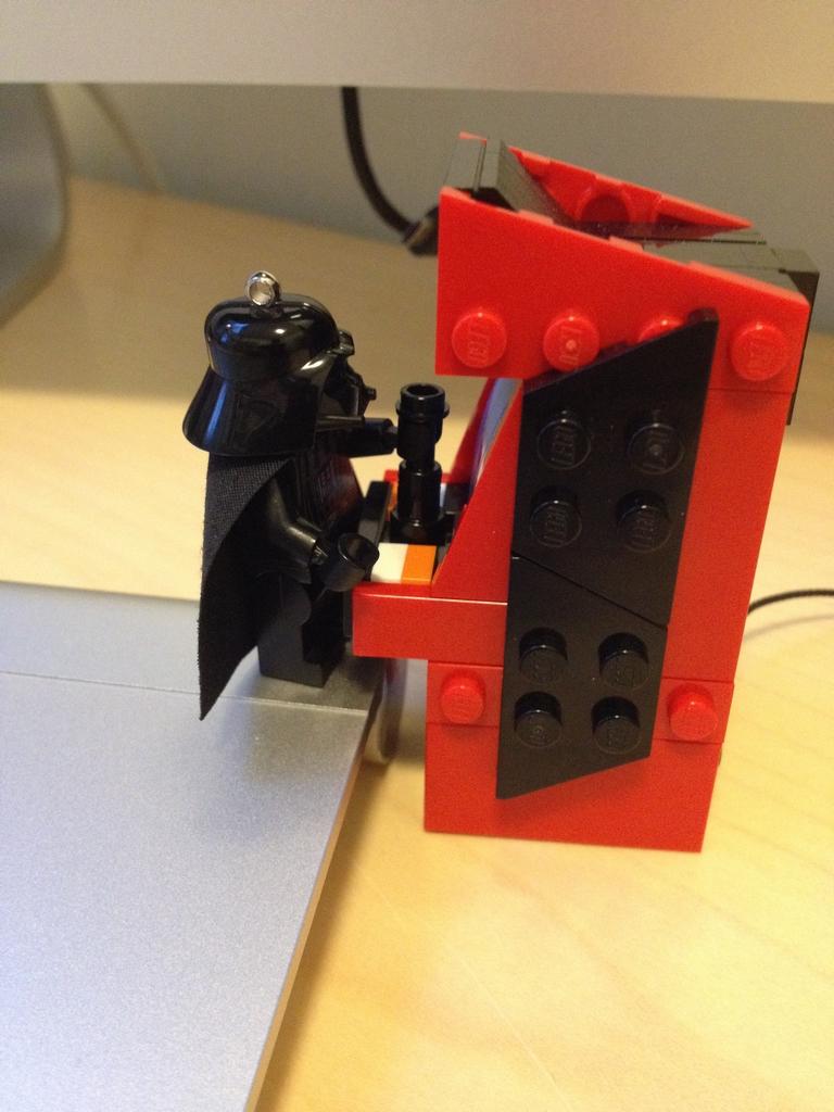 how to build a lego arcade machine
