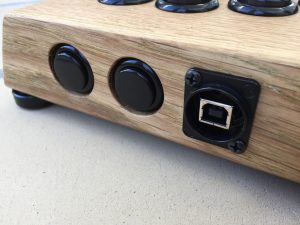 Myoungshin Fanta fightstick made from oak. Neutrik USB in fightstick. breadbox64.com