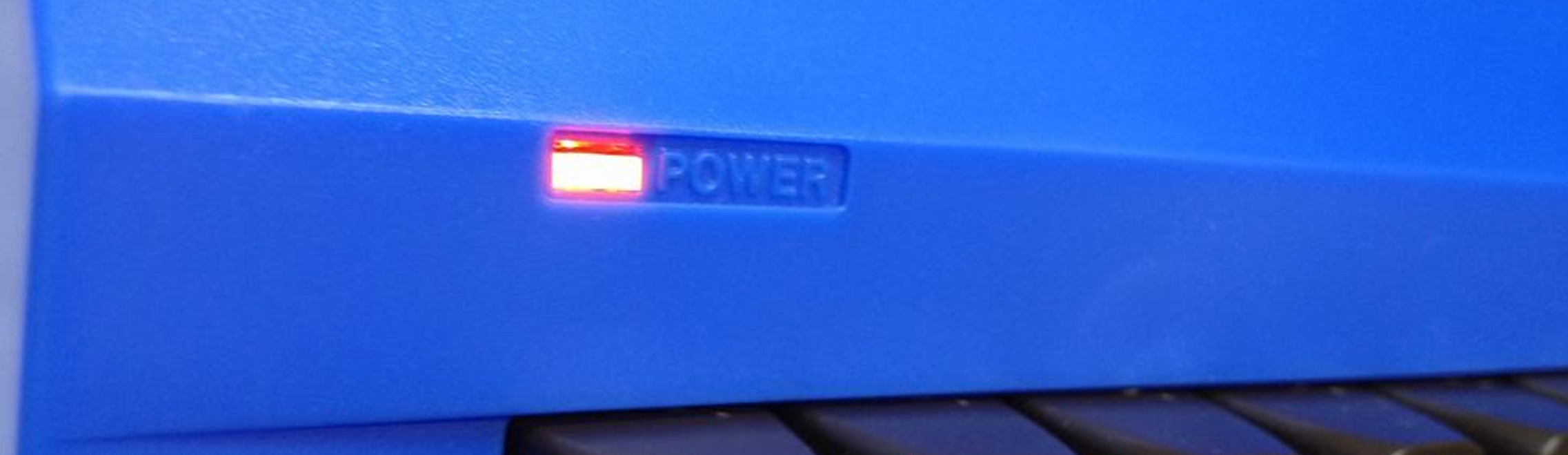 Commodore 64 power LED modification in order to have different LED colors in the new Kickstarter C64 cases