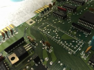 Commodore 64 Assy 250469 Rev. 4 with a possible broken MPU (MOS8500).