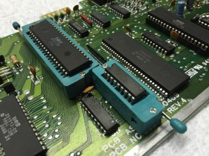 Commodore 64 Assy 250469 Rev. 4 with a possible broken MPU (MOS8500). ZIF socket installed.