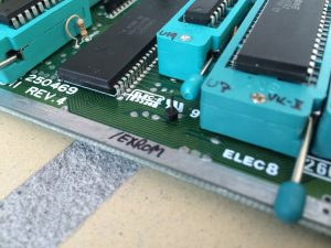 Switchless Reset using an Arduino Pro Mini in a Commodore 64. /EXROM spot on a 250469 motherboard. Read the review on breadbox64.com