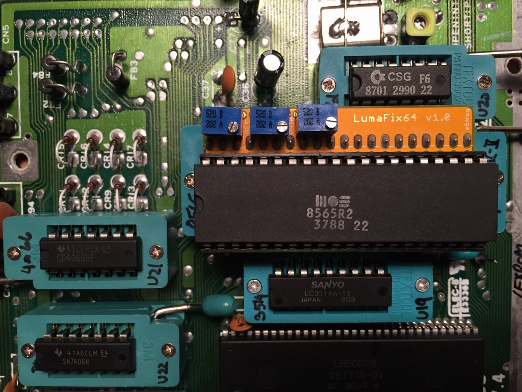 C64c Rf Box Mod Tvs Together With Samsung 42 Inch Plasma Tv Circuit Boards On This Set I Also Tested It The Lumafix64 Results Especially When Using Were Acceptable As Should Be Evident From These